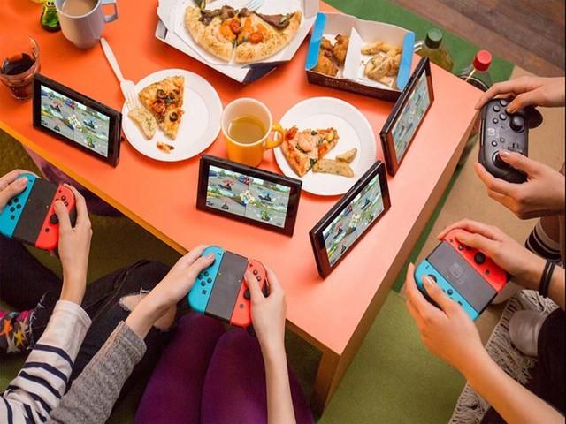 """""""吃鸡""""电竞时代 我有没有必要买游戏手机?"""