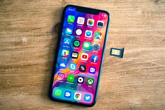 这张SIM卡让丐版iPhone秒变高配 PC时时互联必备