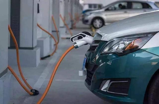 因补贴政策变动 新能源汽车接连呈现颓势