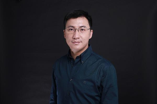 亚信科技CTO欧阳晔博士:做5G交响乐的编排师与数字转型的赋能者