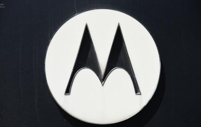 """史上最""""短命""""的手机:Moto Z4的更新仅支持到Android Q"""