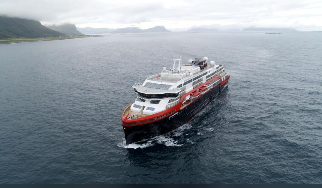 全球首艘混动游轮起航,从挪威驶往北极再到南极