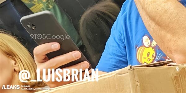 """谷歌Pixel 4在地铁上被发现:""""浴霸镜头""""+骁龙855+安卓Q"""
