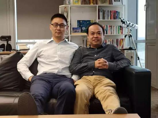 智明星通创始人 唐彬森(左)& 左林大叔
