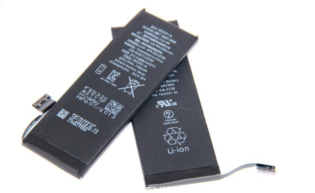 苹果回应屏蔽第三方电池做法:想确保大家安全