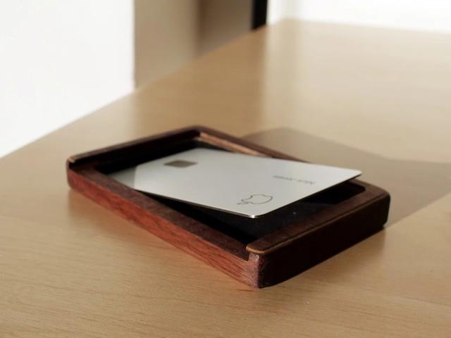 售价6500元 苹果推出天价Apple Card保护壳
