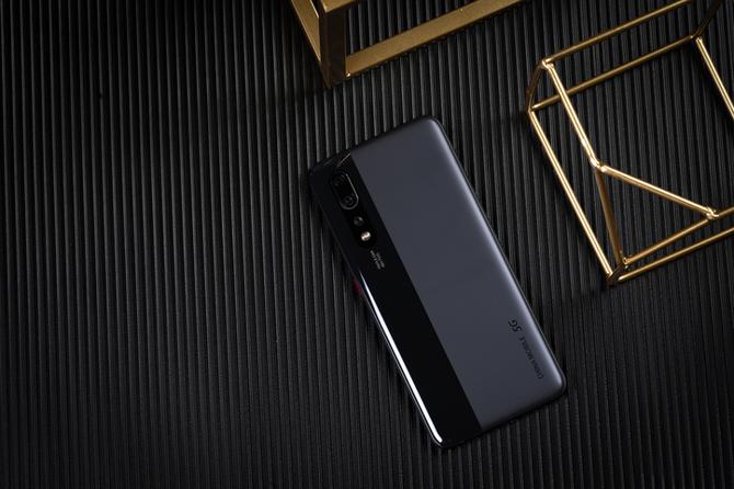 中国移动先行者X1 5G手机评测:惊艳我们的不只是速度!