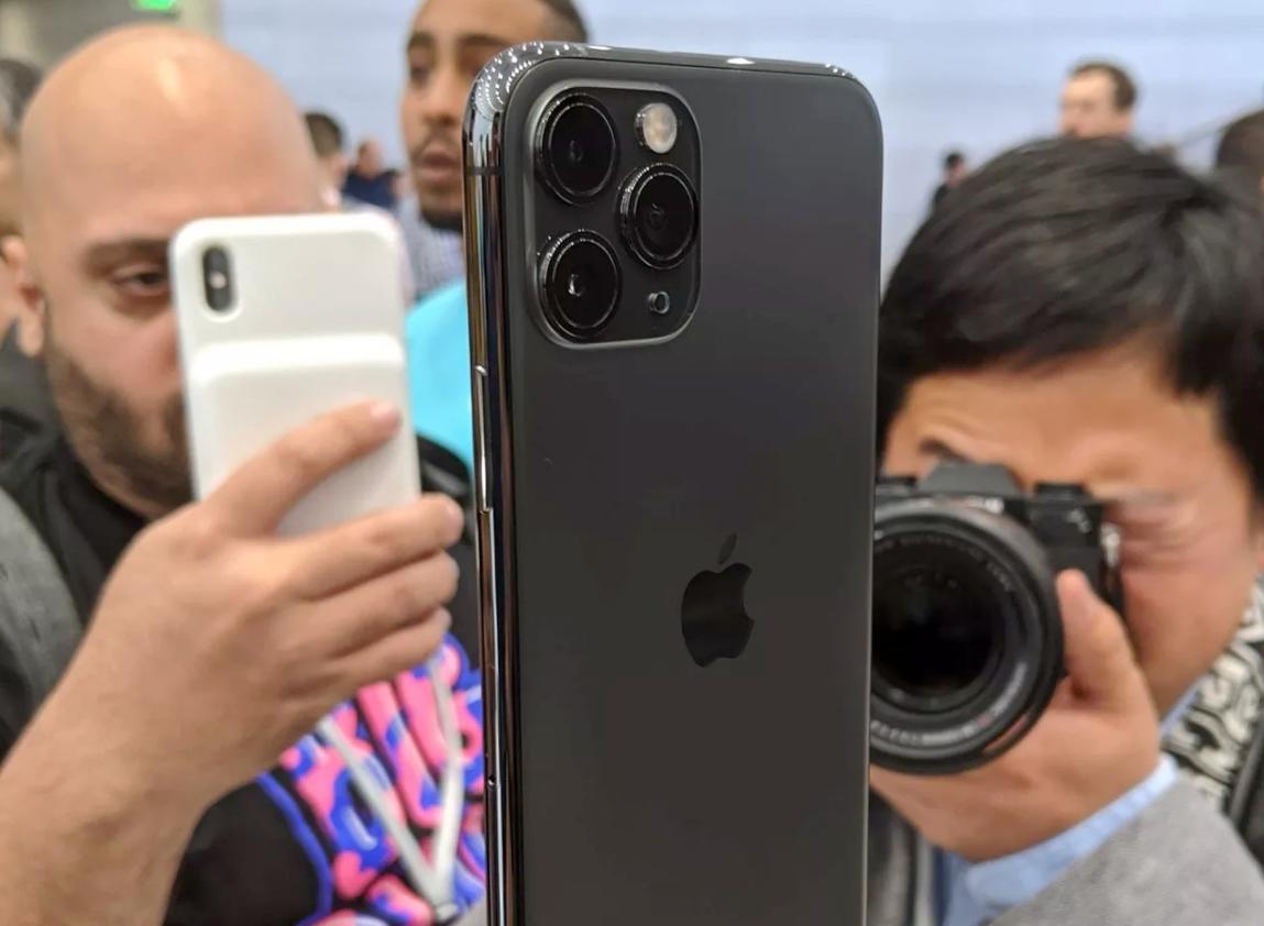 iPhone 11 Pro上手:亚光玻璃手感好 拍照真快