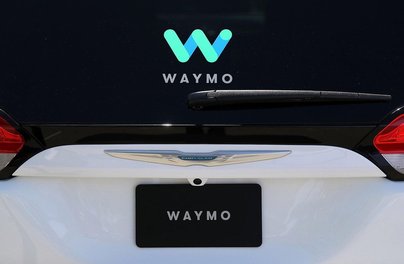 Waymo自动驾驶出租车受热捧 试点首月运6299名乘客