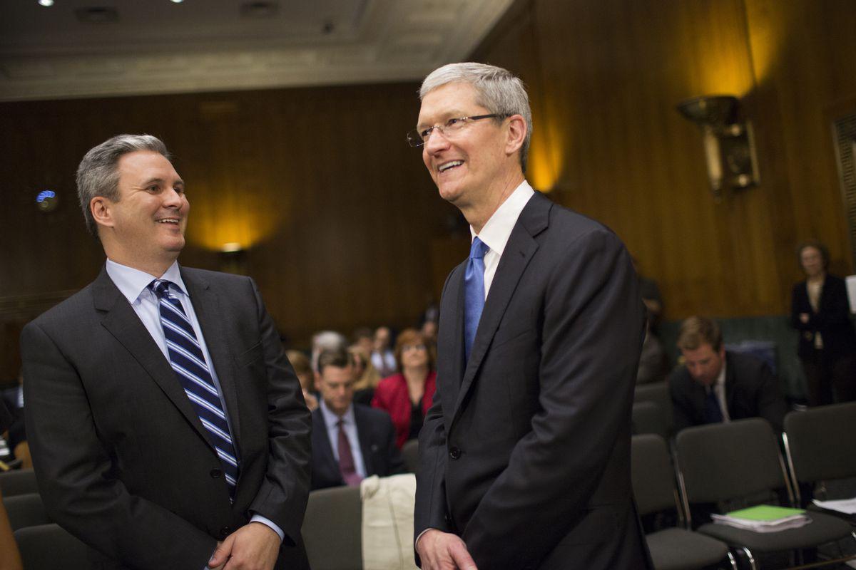 苹果公关主管将于10月离职,已在苹果工作16年